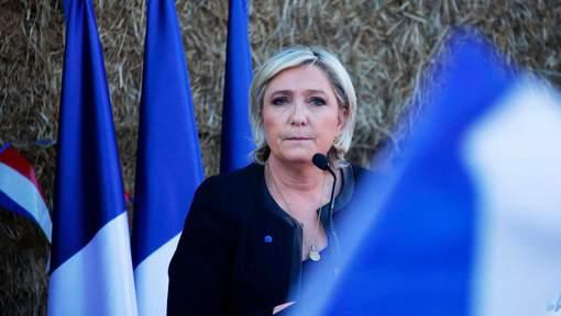 Elections présidentielles françaises 2017: Hollande votera Macron