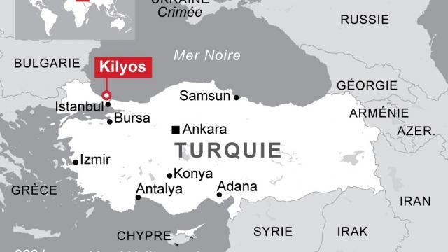 Un navire espion russe coule en mer Noire