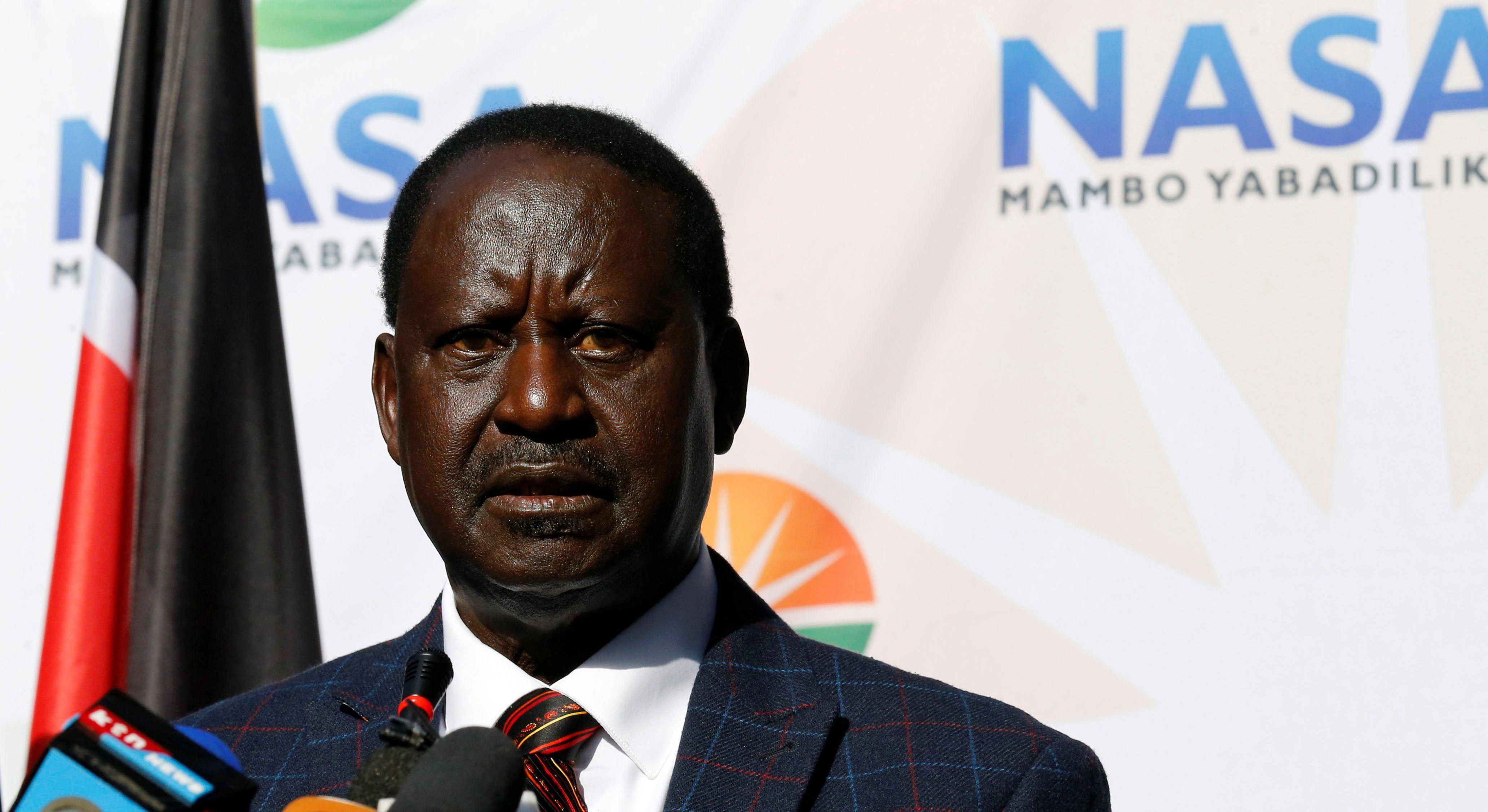 Uhuru Kenyatta Kenyatta réélu président avec 98% des voix — Kenya