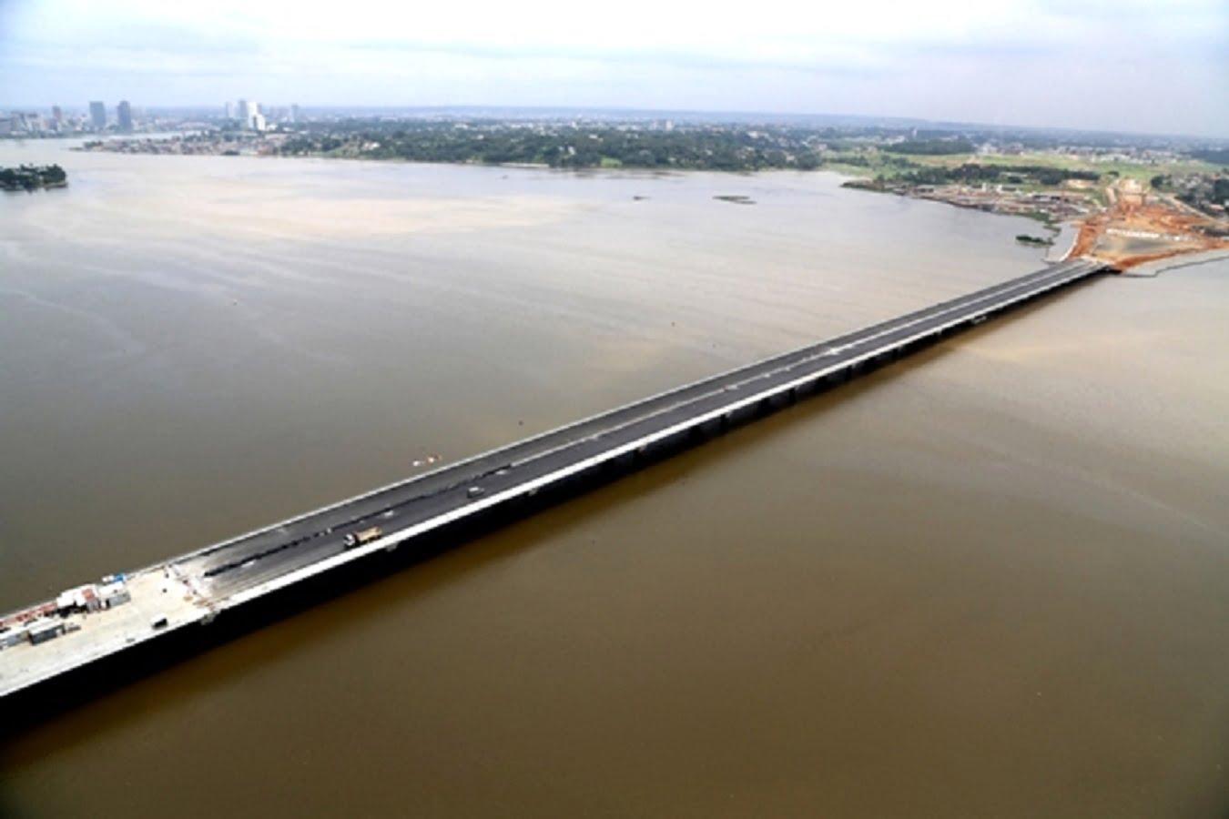 Après la livraison du pont de bettié est en cette fin dannée 2018 verra le lancement des travaux de construction du 4e pont dabidjan reliant le plateau