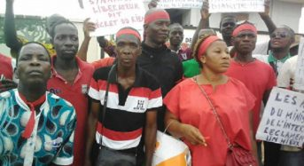 Côte-d'Ivoire: Près de 50 agents de sous-préfecture et préfecture manifestent à Gagnoa