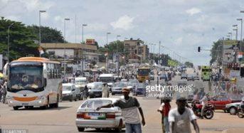 L'État de Côte-d'Ivoire menace de «détruire les véhicules importés ne respectant pas la limite d'âge»