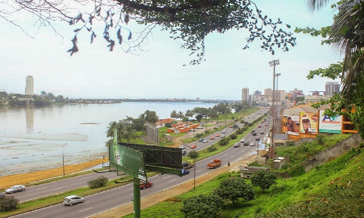 Le projet de lautoroute périphérique dabidjan la grande voie de contournement de la capitale économique connue sous le nom de y4 va connaître un coup