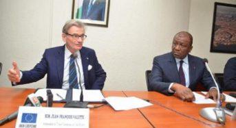 Côte-d'Ivoire: Avant sa retraite Jean-François Valette «règle ses comptes» avec Jeune-Afrique et le régime d'Abidjan