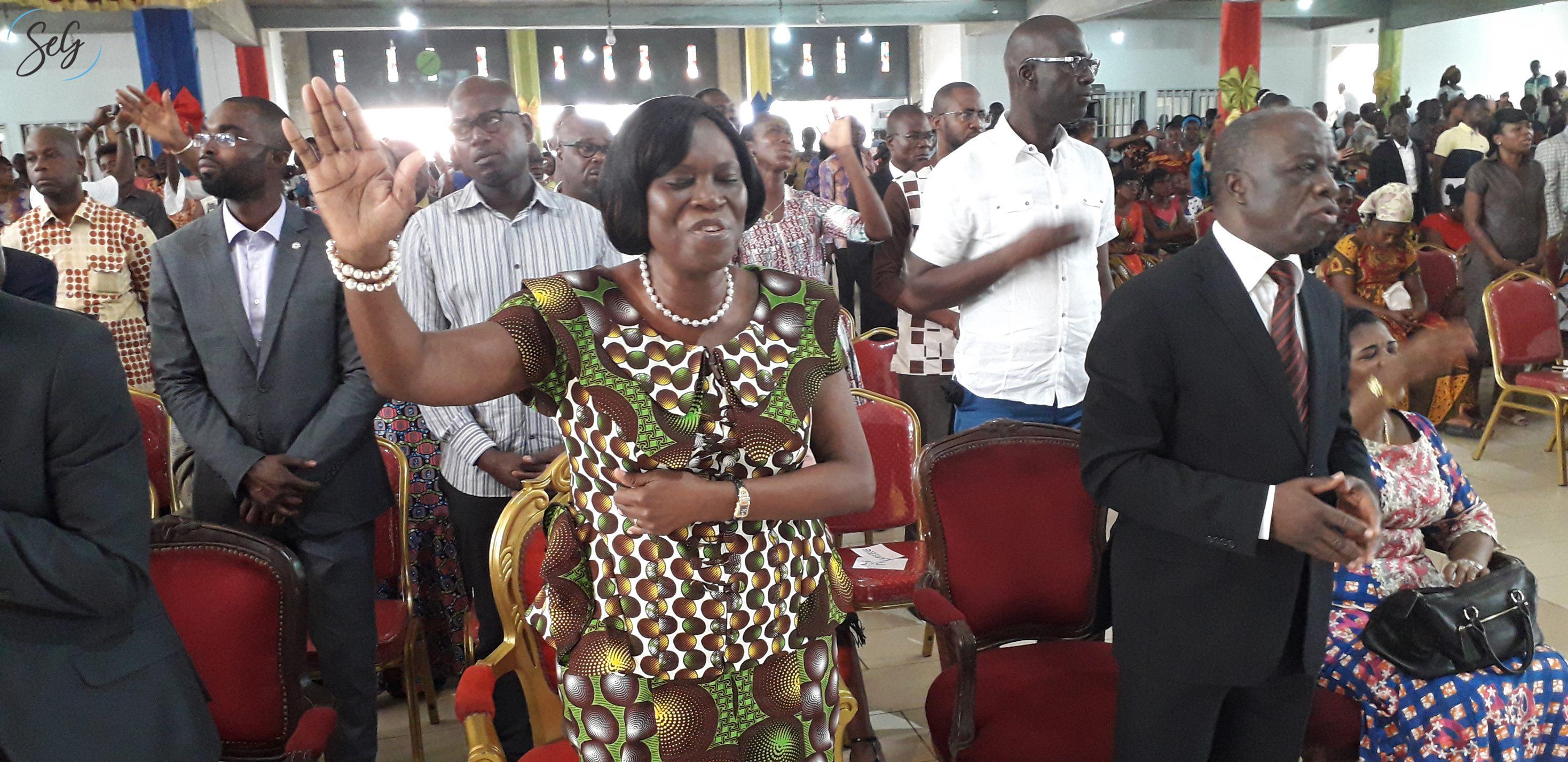 c te d ivoire rest e tr s populaire simone gbagbo au rebond sur la route de la pr sidentielle. Black Bedroom Furniture Sets. Home Design Ideas