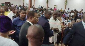 Levée de corps de Sangaré Côte d'Ivoire: Atteby assène une gifle à un GOR, chaudes empoignades entre pro-Affi et GOR