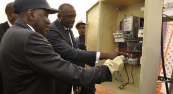 Côte-d'Ivoire: 408882 foyers électrifiés grâce à un apport initial de 1 000 Fcfa contre 150 000 Fcfa