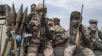 Les derniers bombardements français au Tchad cachent mal une «bataille du pétrole de plus en plus féroce»